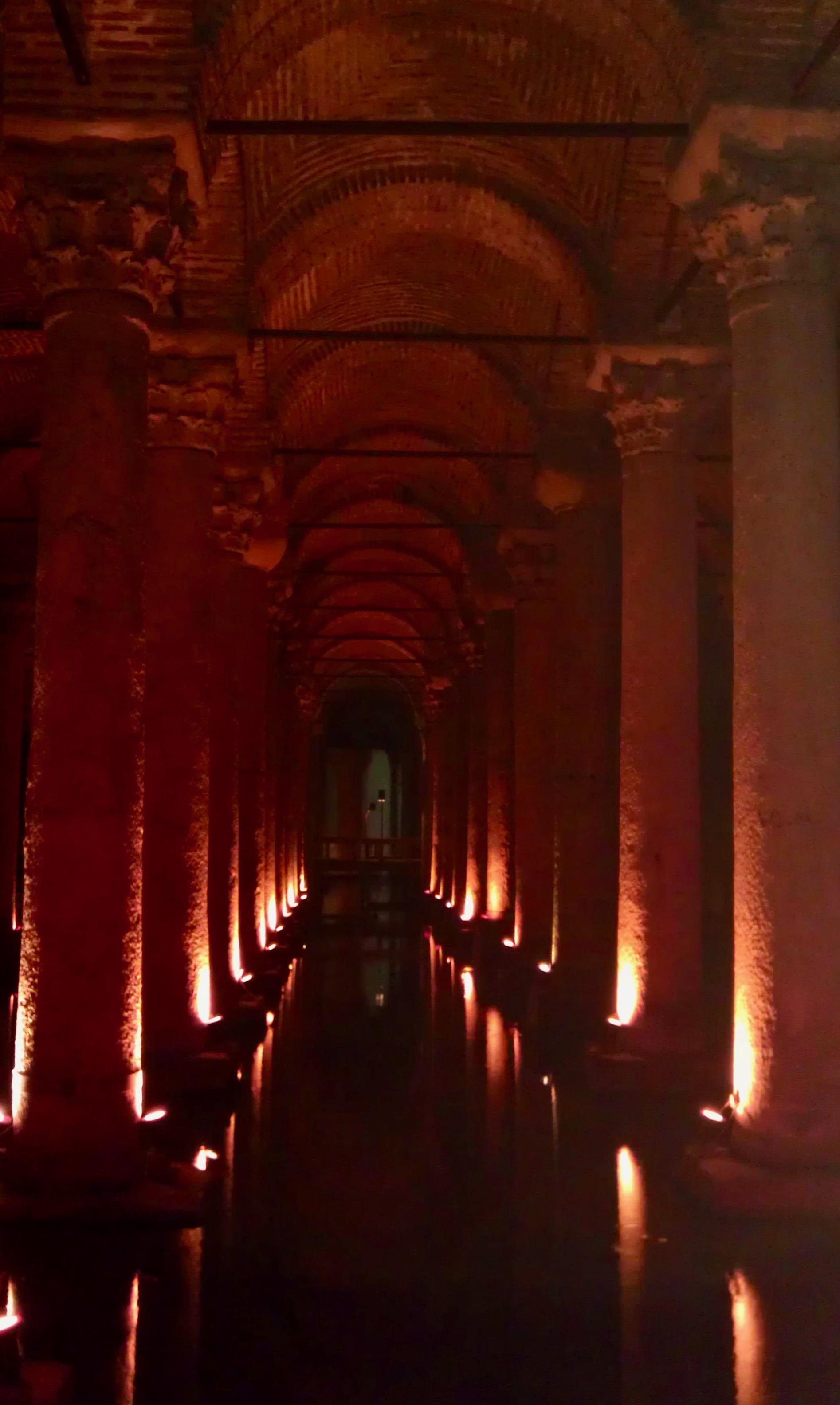 Cisterna Basilika (versunkener Palst) in Istanbul