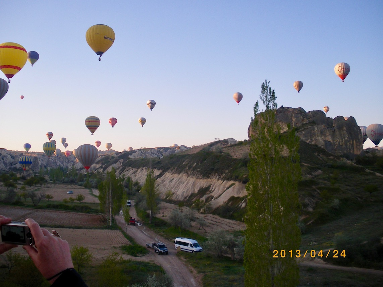 Aufstieg der Ballone in Kappadokien