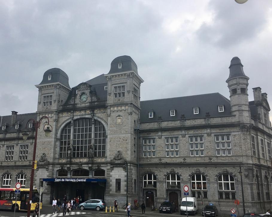 Verviers Reiterbahnhof Historische-Altstadt in Wallonien Belgien einer von wenigen Reiterbahnhöfen in der Welt in Verviers-Belgien
