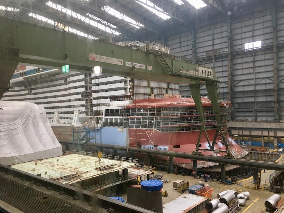 Innere-Baudocks der Meyer-Werft-Papenburg
