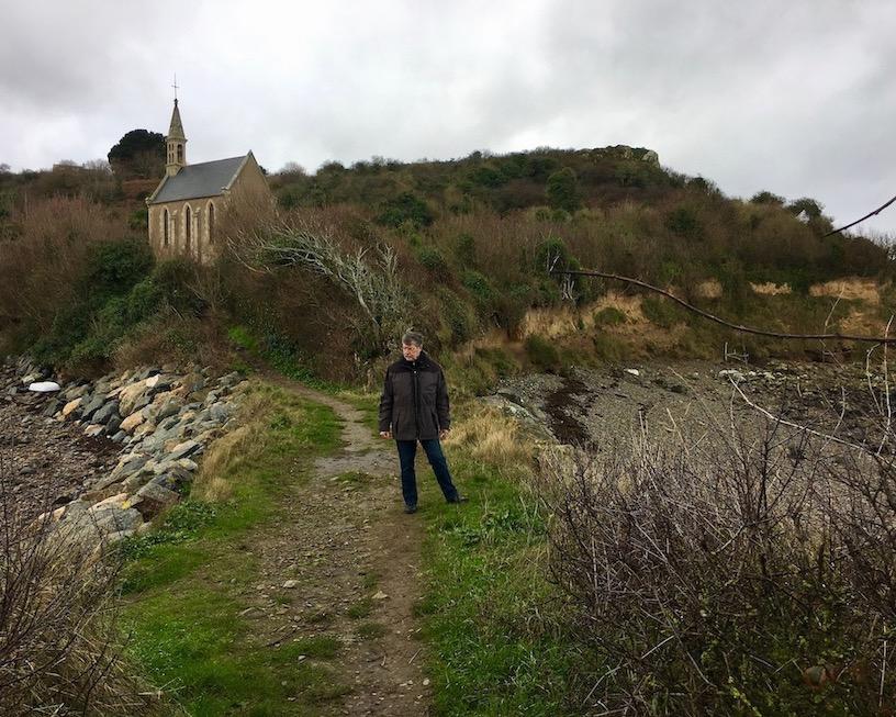 Übergang zum Pointe-de-la-Trinité Ploubazlanec Bretagne Frankreich mole-on-tour