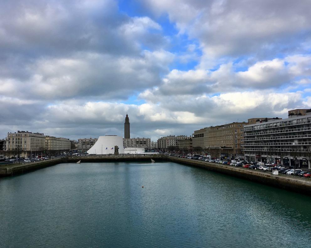 Blick ueber Bassin Du Commerce Le Havre Normandie Frankreich Weltkulturerbe