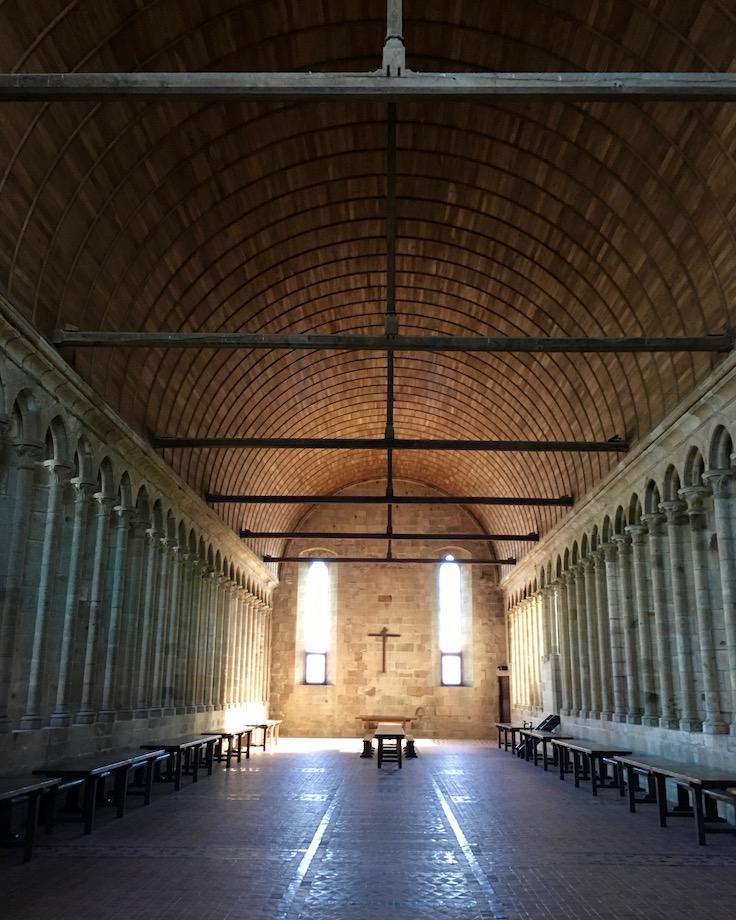 Eingang zum Refektorium Le Mont-Saint-Michel Normandie Frankreich Weltkulturerbe