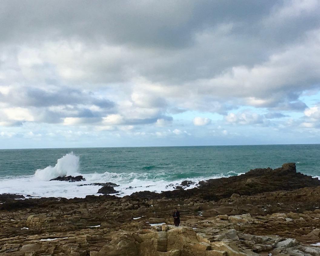 Gischt bei Ile Grande La-Côte-de-Granit-Rose Bretagne Frankreich
