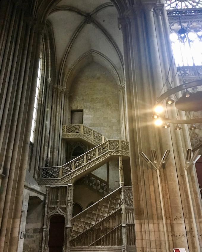 Gotische Treppe Kathedrale Notre-Dame Rouen Normandie Frankreich