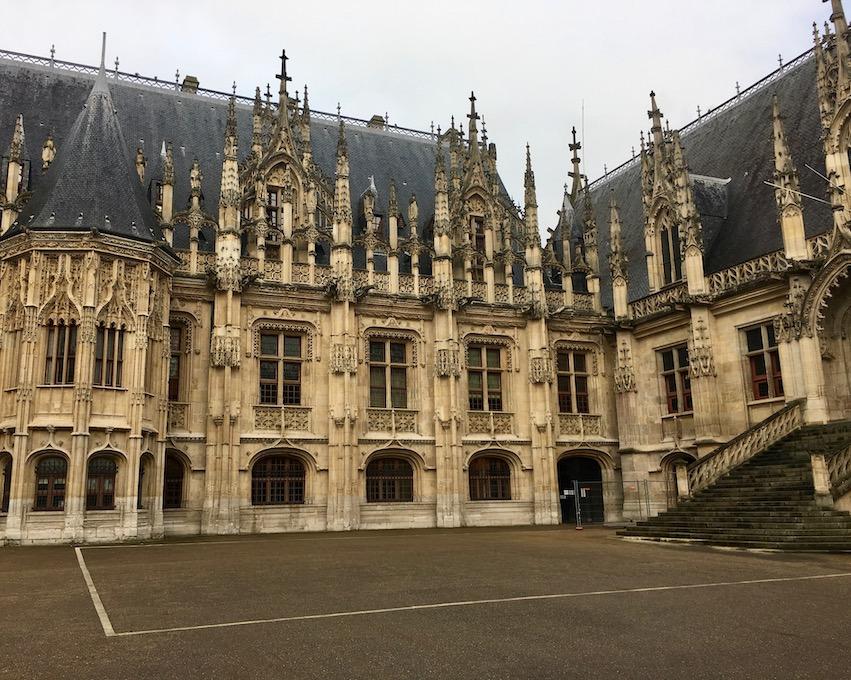 Justitzpalast Rouen Normandie Frankreich
