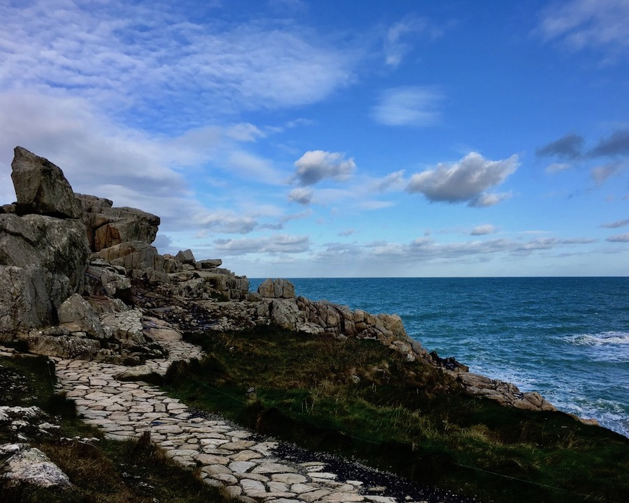 Küstenpfad La-Côte-de-Granit-Rose  Plougrescant Bretagne Frankreich Rosa-Granitküste