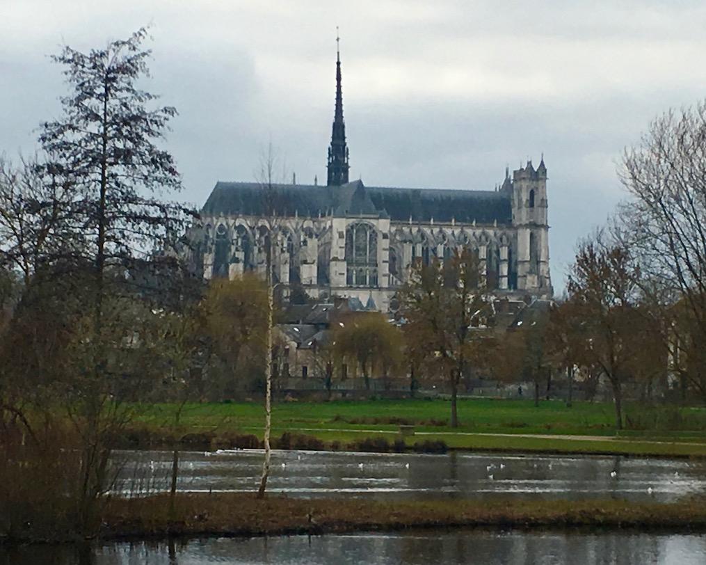Wohnmobilstellplatz von mole-on-tour in Amiens Normandie Frankreich
