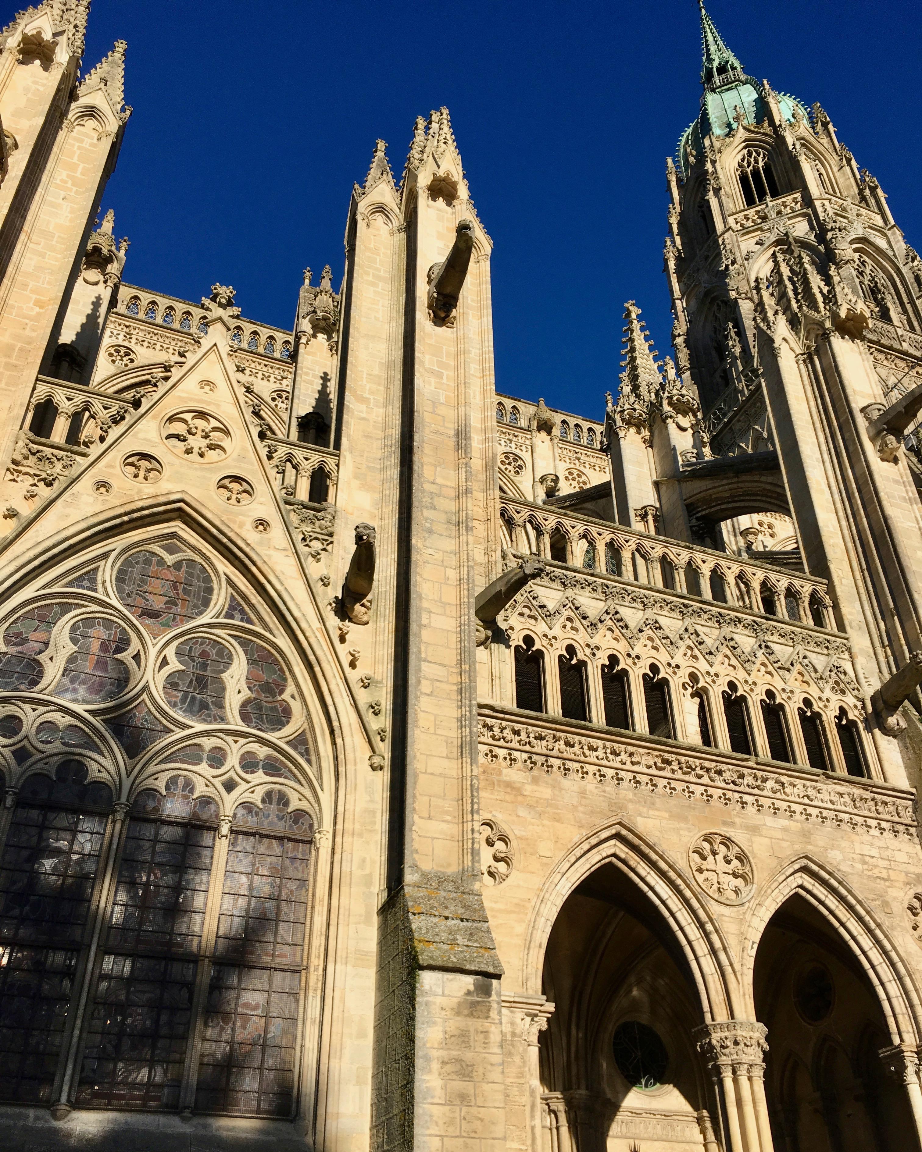 Kathedrale Notre-Dame-de-l'Assomption von Bayeux Normandie Frankreich