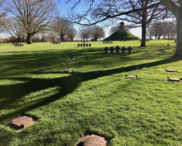 La Cambe Kriegsgraeber Friedenspark Normandie