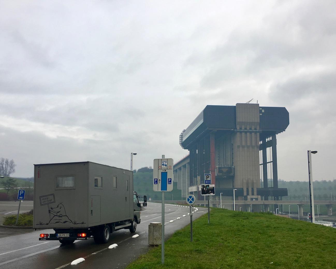 neues Schiffshebewerk Strépy-Thieu am Canal du Centre Belgien Schiffshebewerk