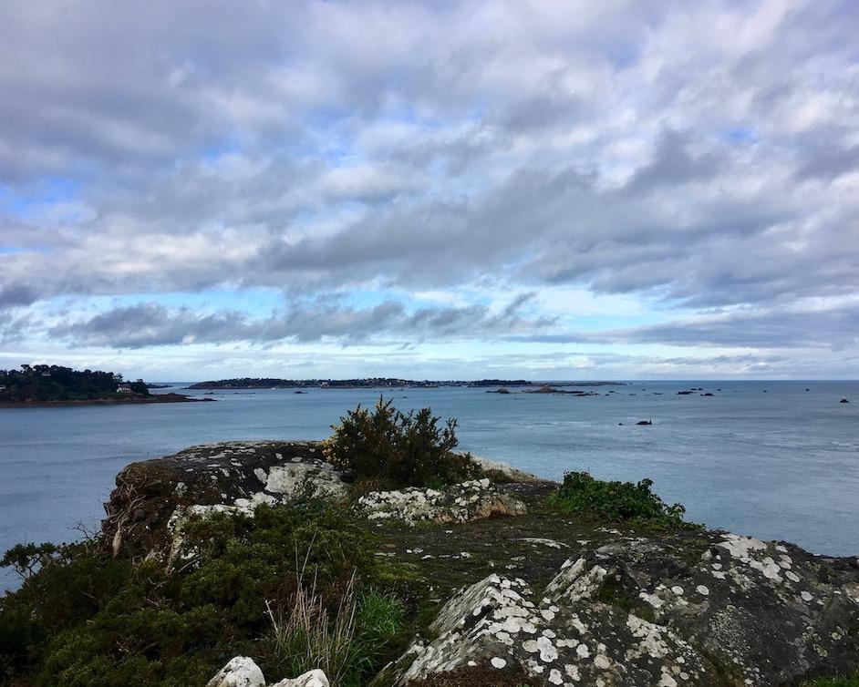 Pointe-de-la-Trinité Ploubazlanec Bretagne Frankreich mole-on-tour