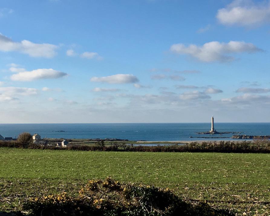 Sonne in der Bucht von Goury am Cap-La-Hague Cotentin Normandie Frankreich