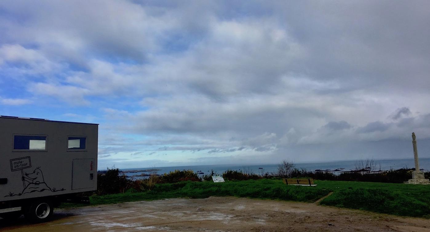 Wohnmobilstellplatz Pointe-de-la-Trinité Ploubazlanec Bretagne Frankreich mole-on-tour