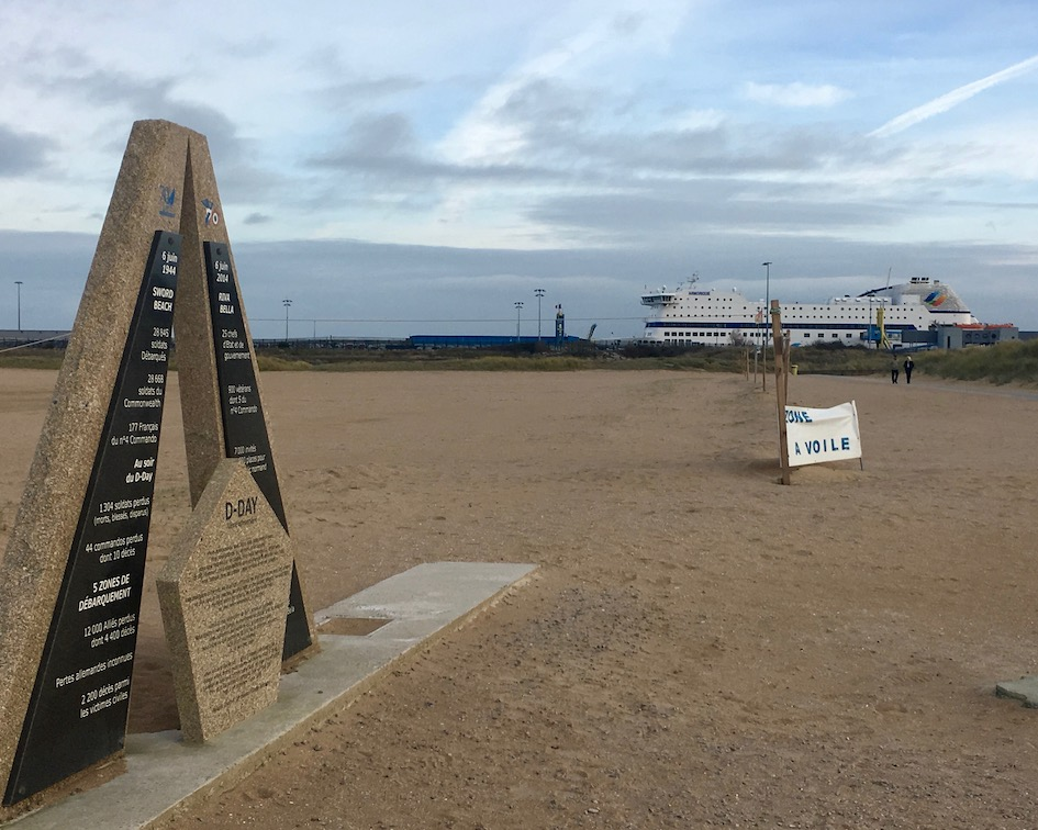Strand bei Ouistreham Normandie Frankreich