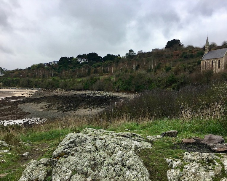 Weg zum  Pointe-de-la-Trinité Ploubazlanec Bretagne Frankreich