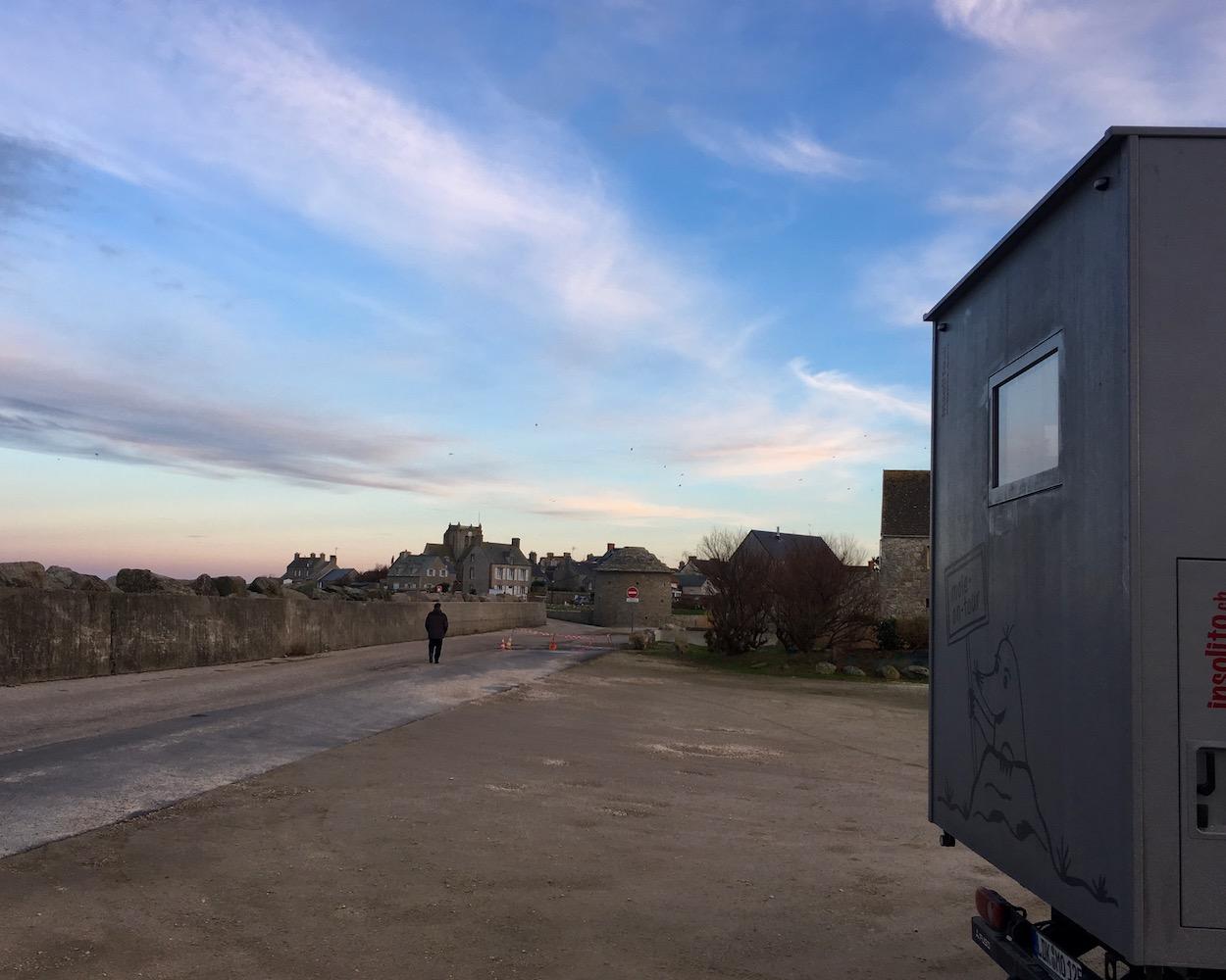 Wohnmobilstellplatz   mole-on-tour Barfleur Cotentin Normandie