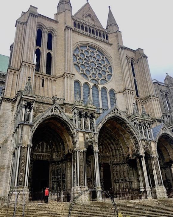 Südportal der Kathedrale Notre-Dame in Chartres Frankreich Weltkulturerbe