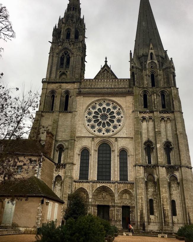 Westfassade Kathedrale Notre-Dame von Chartres Bretagne Weltkulturerbe