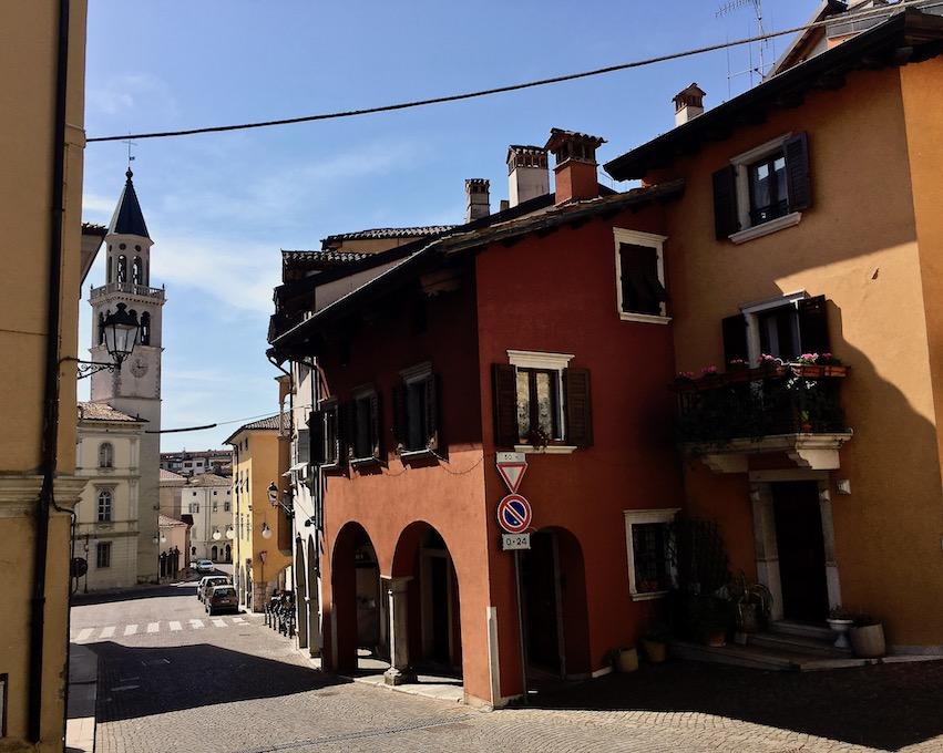 Blick auf Duomo di Sant Ilario e Taziano