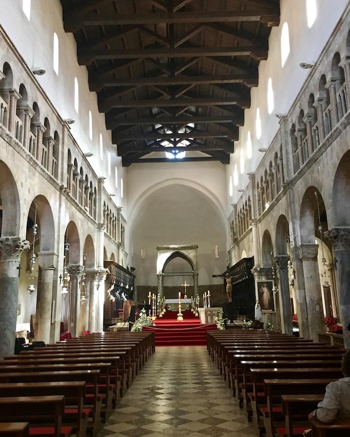 Zadar Altstadt Dalmatien Kroatien Innenraum von Kathedrale St. Anastasia in Zadar