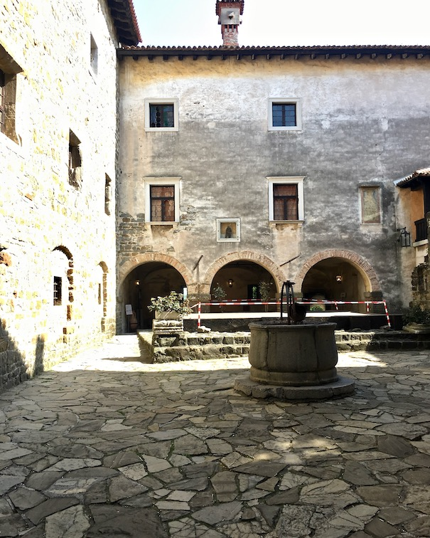 Schloss von Görz Innenhof