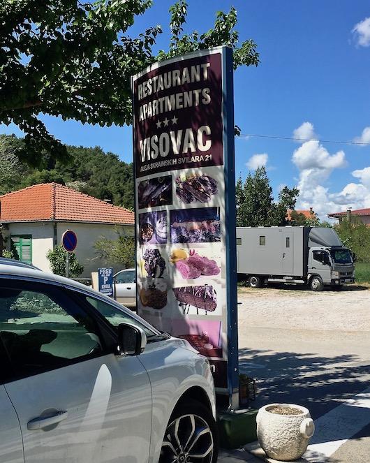 Wohnmobilstellplatz in Skradin Kroatien  an Restoran Visovac