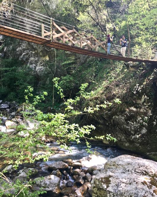Teufelsbrücke in der Tolmin Klamm von unten