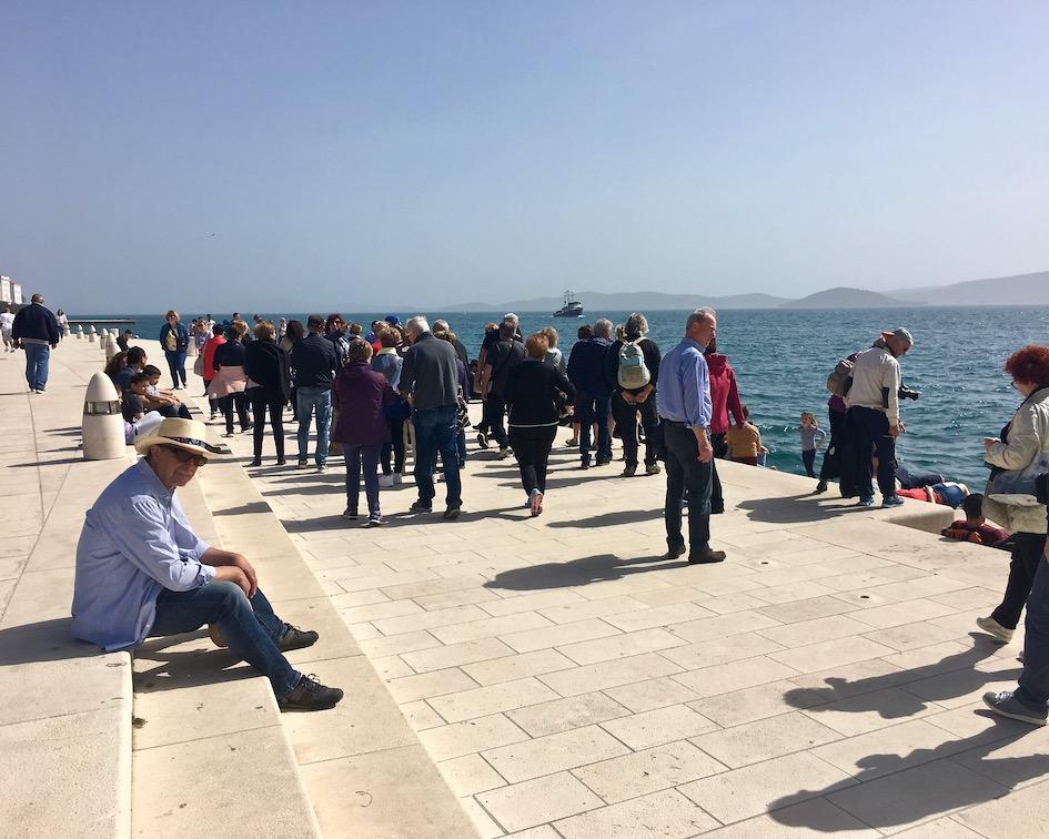 Zadar Altstadt Dalmatien Kroatien An der Meeresorgel von Zadar