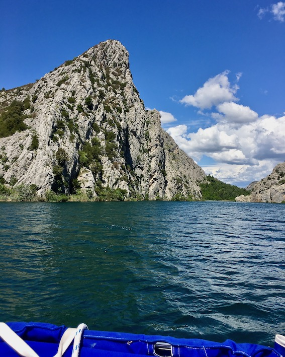 Krka-Wasserfälle Nationalpark-Krka Skradin Kroatien auf der Krka nach Visovac