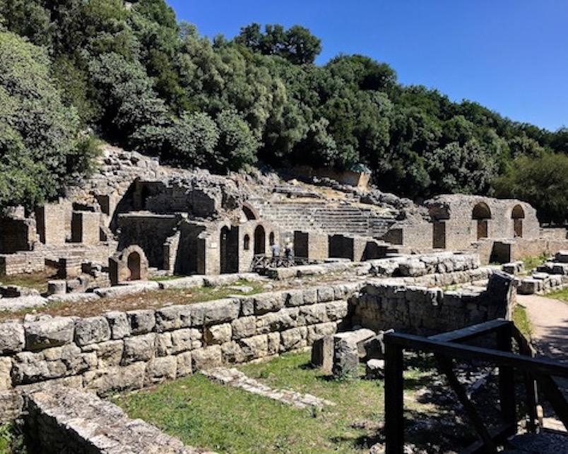 Asklepios-Tempel und Theater in Butrint Abanien
