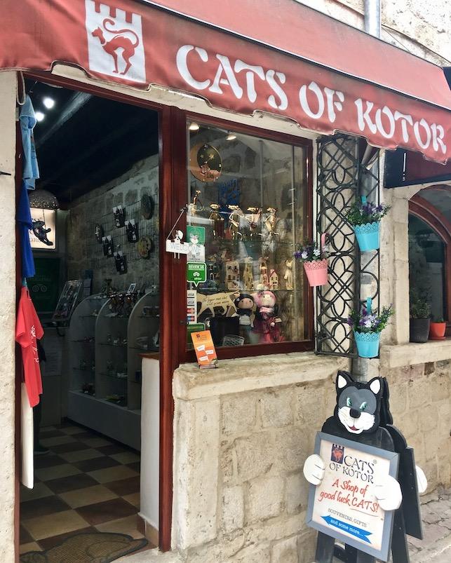 Bucht von Kotor UNESCO-Weltkulturerbe Montenegro Cats of Kotor Montenegro