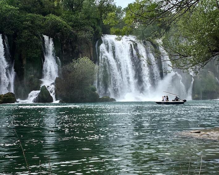 Die Kravica-Wasserfälle in Bosnien-Herzegowina