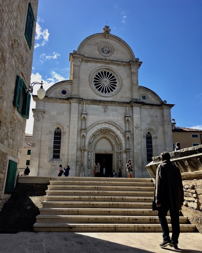 Sibenik Altstadt am Fluss Krka Adriaküste Kroatien UNESCO-Weltkulturerbe Die Westfasade der Kathedrale des Hl.Jakob in Sibenik Kroatien