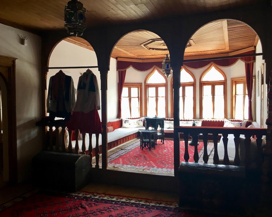 Diwan Versammlungsraum für Männer Museum Muslibegovic Mostar