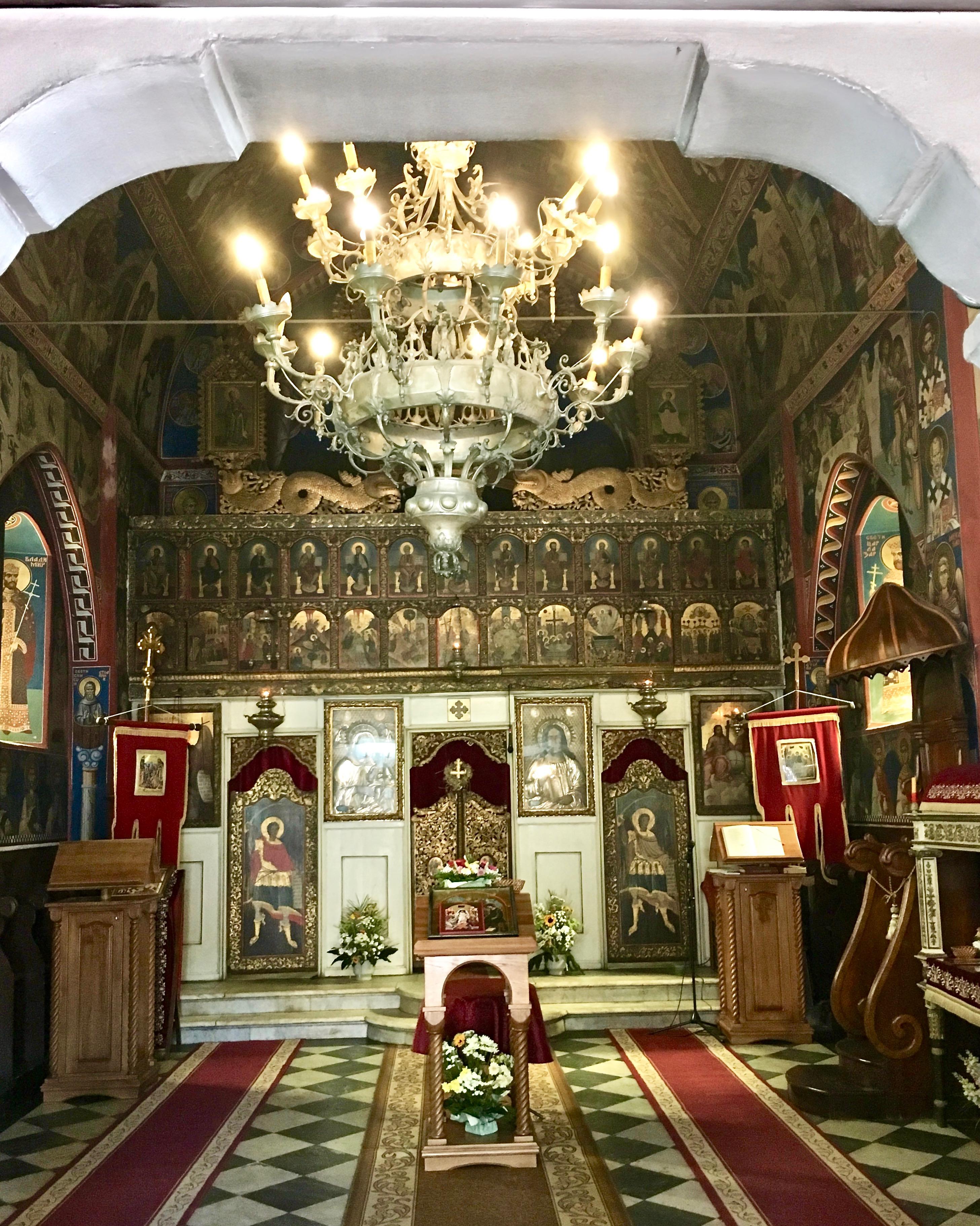 Ikonen in der Dreifaltigkeitskirche in Budva Montenegro