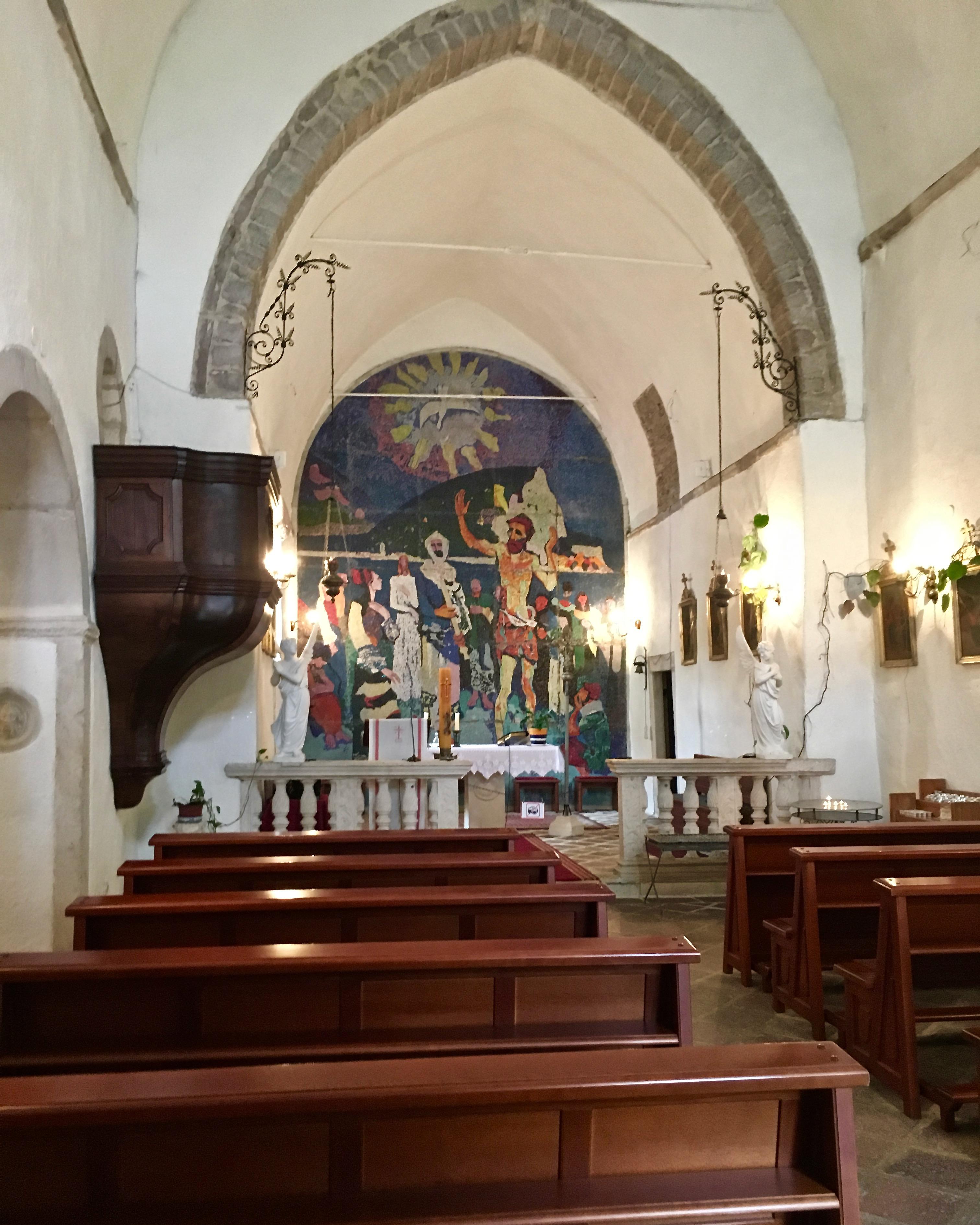 Innenraum der Kirche des St.Johannes in Budva Montenegro