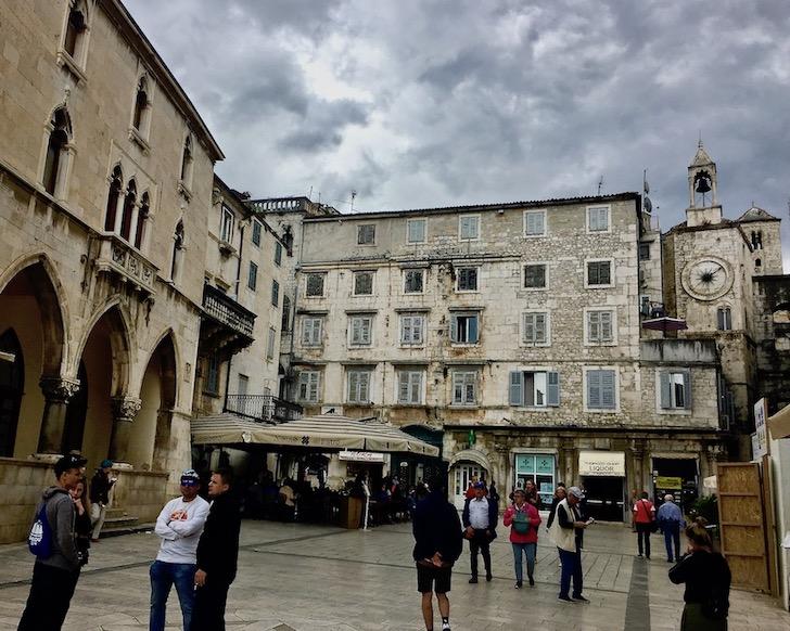Split Historische-Altstadt UNESCO-Weltkulturerbe Adriaküste Dalmatien Kroatien Pjaca Narodni in Split