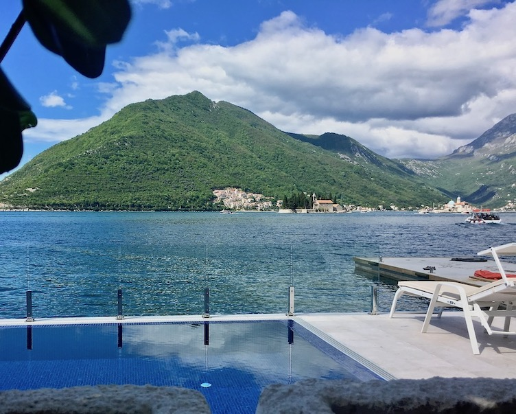 Pool Hotel Grand Perast in Perast Kotor-Bucht