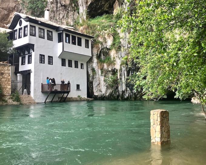 Tekke Derwisch House an der Buna in Blagaj
