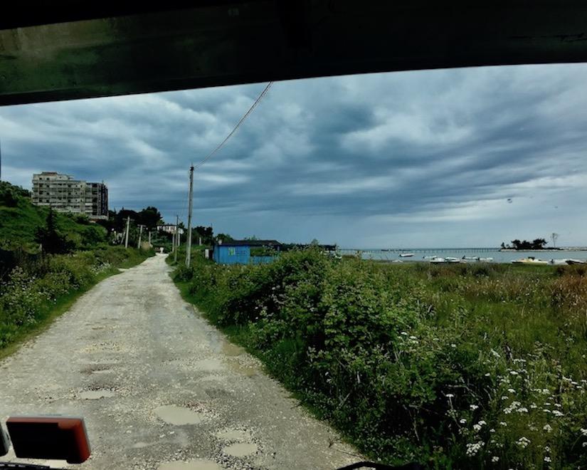 Zufahrt zu Camping Pa Emer bei Durres Albanien