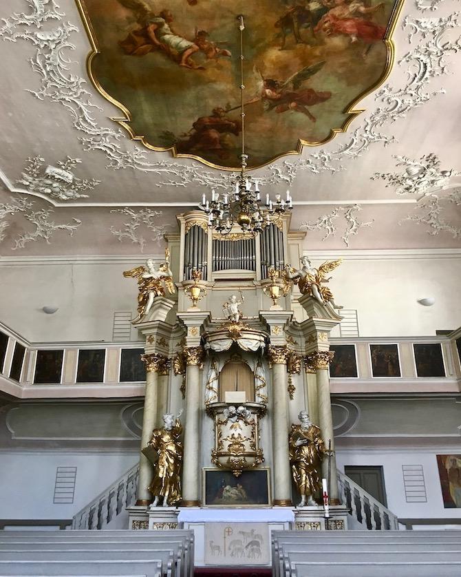 Stadt Bayreuth Altstadt UNESCO-Weltkulturerbe Markgräfliches Opernhaus Altar der Spitalkirche Bayreuth Deutschland