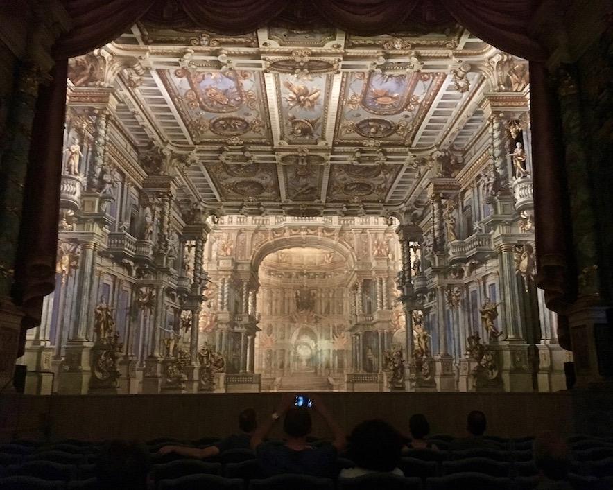 Stadt Bayreuth Altstadt UNESCO-Weltkulturerbe Markgräfliches Opernhaus Barocke-Kulissenbühne Markgräfliches-Opernhaus Bayreuth Deutschland
