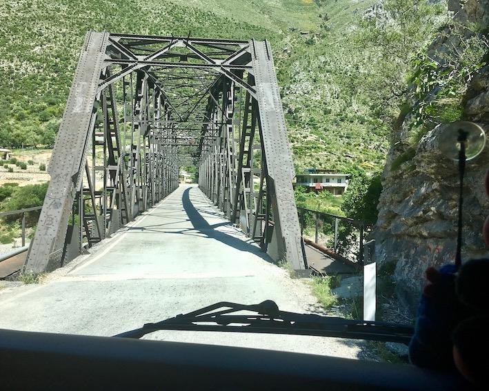 Brücke über den Vjosa bei Dragot