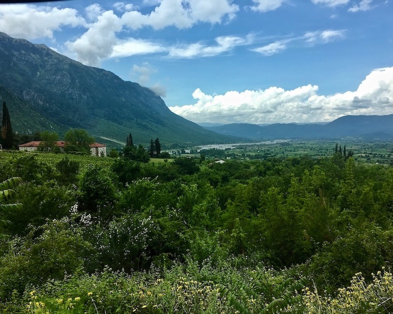 Das Tal des Aoos in Griechenland