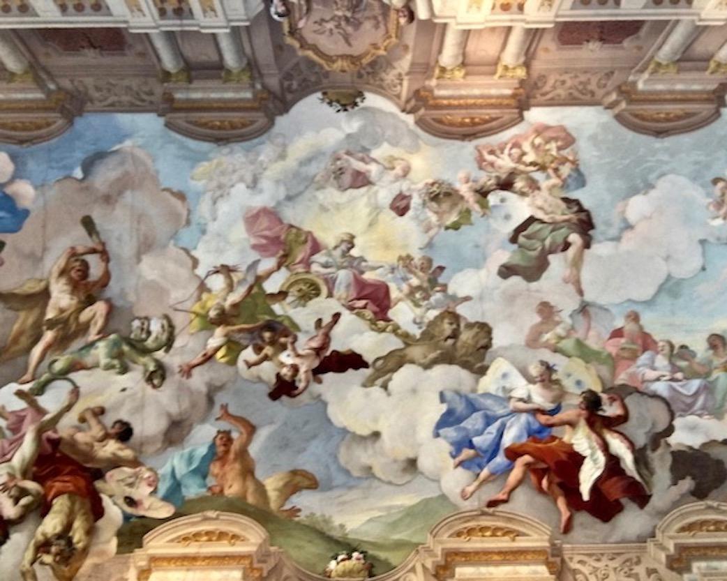 Kloster Melk Benediktinerstift Melk UNESCO-Weltkulturerbe Wachau Österreich Deckken-Fresko im Marmorsaal von Weltkulturerbe-Kloster Melk Österreich