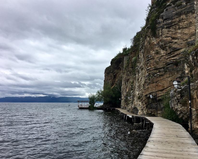 Ohrid Ohridsee Nordmazedonien Fußgängersteg nach Kaneo Ohrid Mazedonien