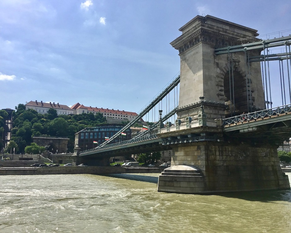 Kettenbrücke über die Donau Budapest Ungarn