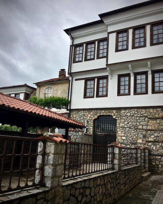 Ohrid Ohridsee Nordmazedonien Restaurierte Osmanische Häuser in Ohrid Mazedonien