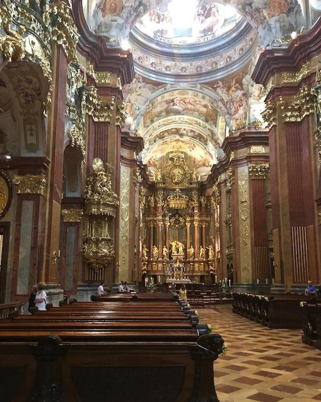 Kloster Melk Benediktinerstift Melk UNESCO-Weltkulturerbe Wachau Österreich Stiftskirche-St.Petrus-und-Paulus-von-Kloster-Melk-Österreich.